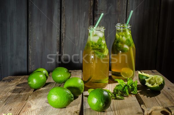 Kireç limonata şurup karanlık şeker ev yapımı Stok fotoğraf © Peteer