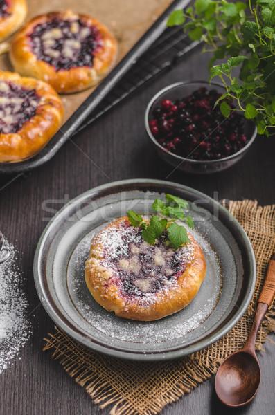 Rusztikus mini torta bogyók cukor étel Stock fotó © Peteer