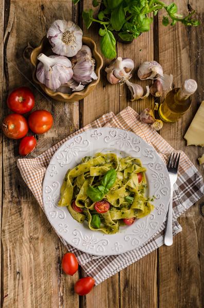 Makarna fesleğen pesto basit lezzetli zeytinyağı Stok fotoğraf © Peteer