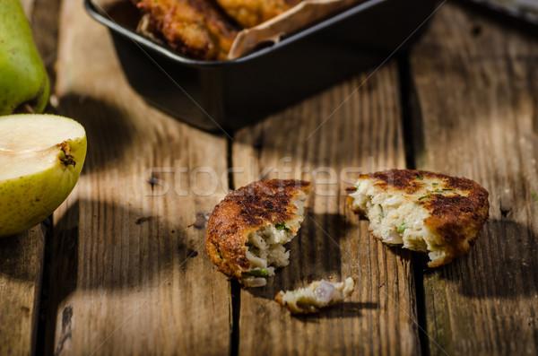 Pera formaggio tipo gorgonzola alimentare legno Foto d'archivio © Peteer