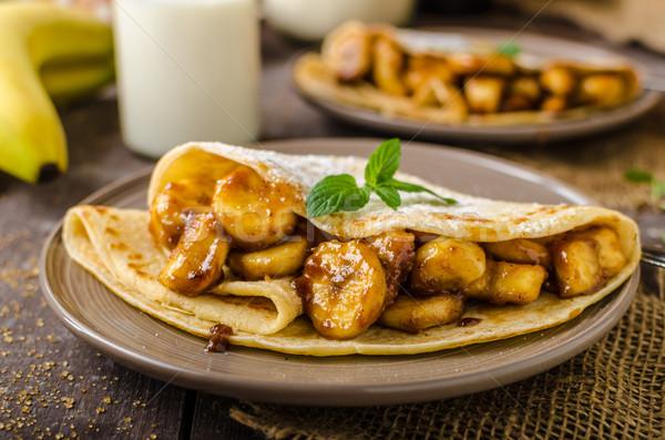 Pannenkoeken gevuld bananen noten voedsel diner Stockfoto © Peteer