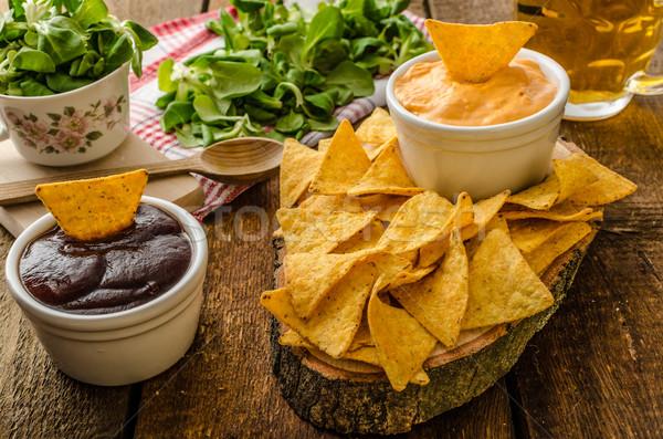 Foto stock: Tortilla · chips · queso · salsa · barbacoa · checo