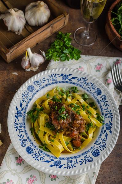 Włoski makaronu gulasz wołowy rustykalny żywności Zdjęcia stock © Peteer