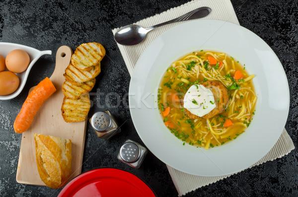 Marhahús húsleves pirítós tojás házi készítésű tészta Stock fotó © Peteer