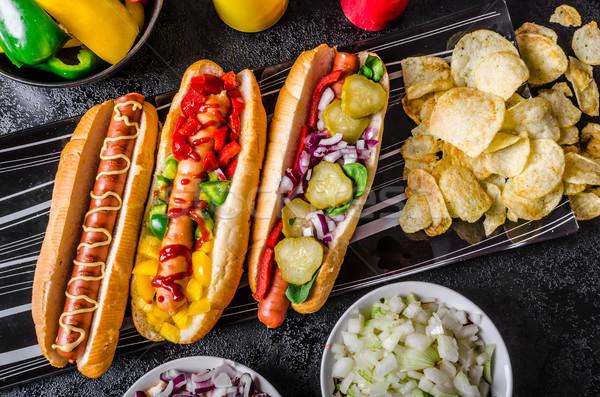 Tüm sığır eti köpekler sıcak soğan sarımsak Stok fotoğraf © Peteer