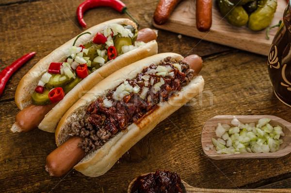 Chilli vegetáriánus hot dog otthon savanyúság marhahús Stock fotó © Peteer