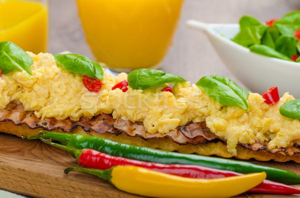 Roereieren toast vers salade Engels stijl Stockfoto © Peteer