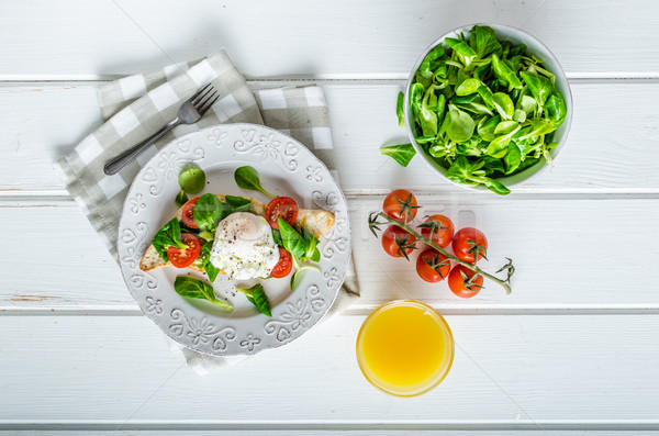 Stok fotoğraf: Taze · sağlıklı · kahvaltı · yumurta · salata