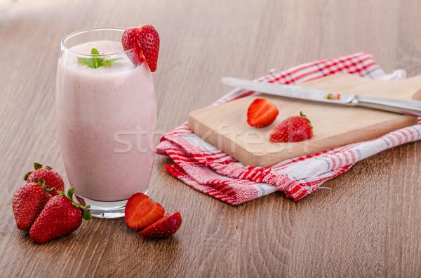 Eper smoothie szép tiszta friss gyümölcsök Stock fotó © Peteer