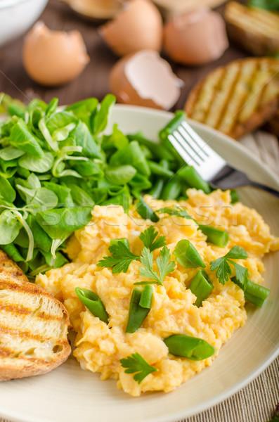 Roereieren salade bonen gebakken baguette panini Stockfoto © Peteer