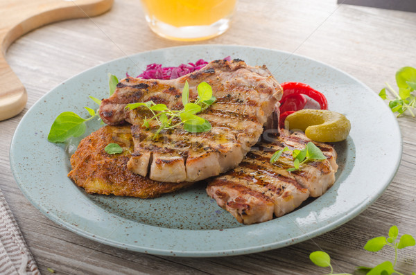 Stok fotoğraf: ızgara · domuz · eti · otlar · sarımsak · patates · krep