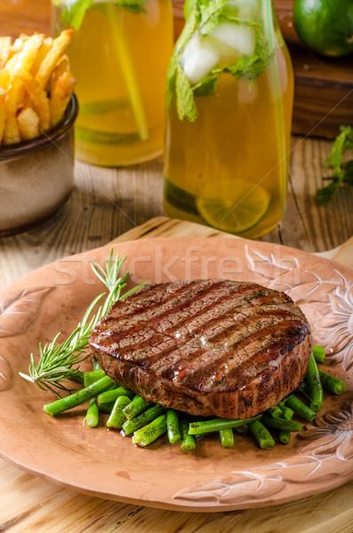 Rundvlees lendenen biefstuk eigengemaakt limonade Rood Stockfoto © Peteer