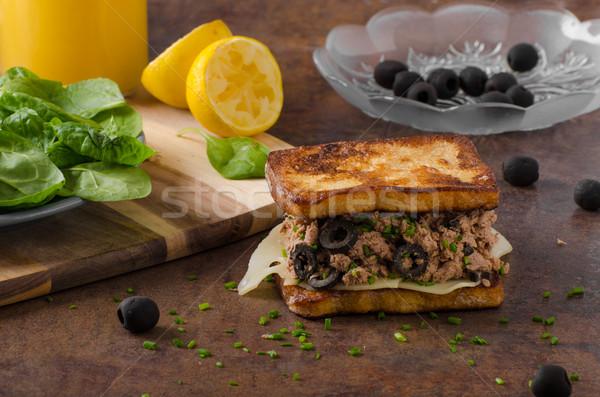 французский тоста тунца оливками простой Сток-фото © Peteer
