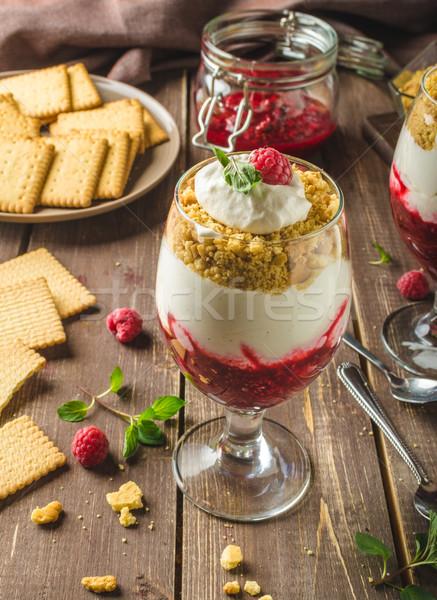 Cheesecake dessert verre délicieux simple fraîches Photo stock © Peteer