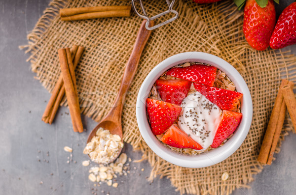 Friss granola organikus joghurt bogyók tej Stock fotó © Peteer