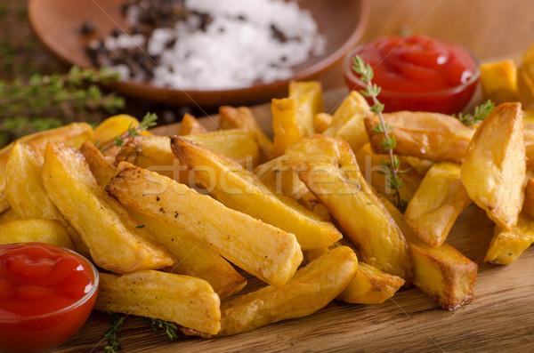 Maison frites françaises organique ketchup alimentaire photographie Photo stock © Peteer