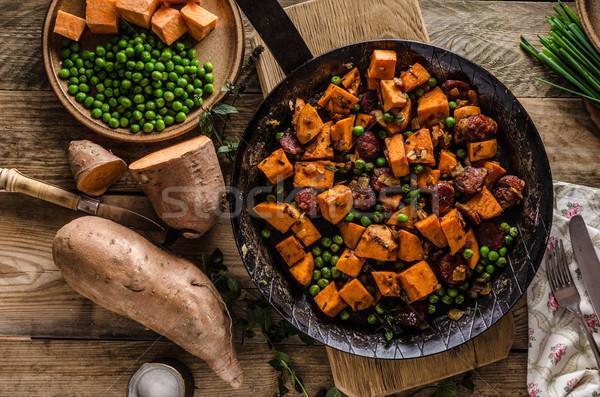 édesburgonya serpenyő zöldség étel egészséges hagyma Stock fotó © Peteer