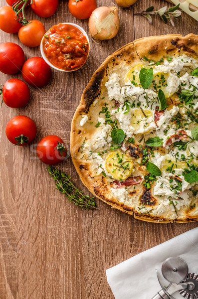Pizza romero patatas queso ajo hierbas Foto stock © Peteer