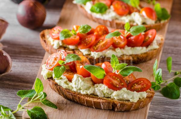 Fresco queijo panini pão ervas tomates cereja Foto stock © Peteer