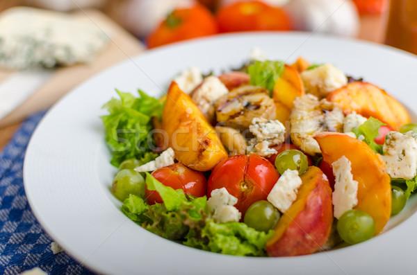 Grillezett gyümölcs márványsajt saláta házi készítésű ketchup Stock fotó © Peteer
