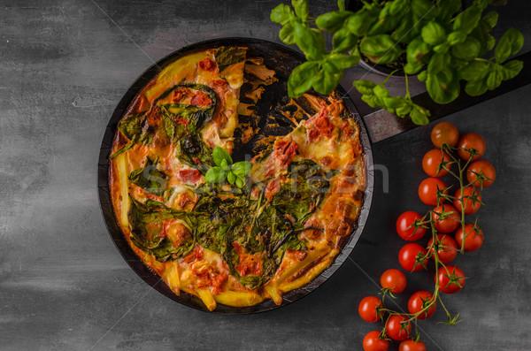 Vegetal forno simples comida vegetariana madeira fundo Foto stock © Peteer