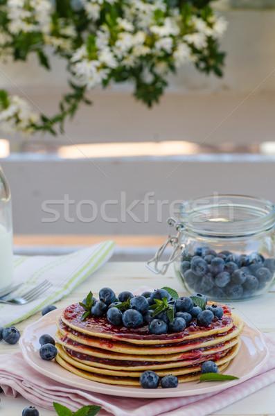 Vintage pannenkoeken buiten tuin bosbessen ontbijt Stockfoto © Peteer