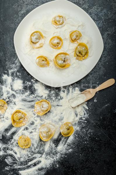 Ev yapımı makarna tortellini doldurulmuş mantar sarımsak Stok fotoğraf © Peteer