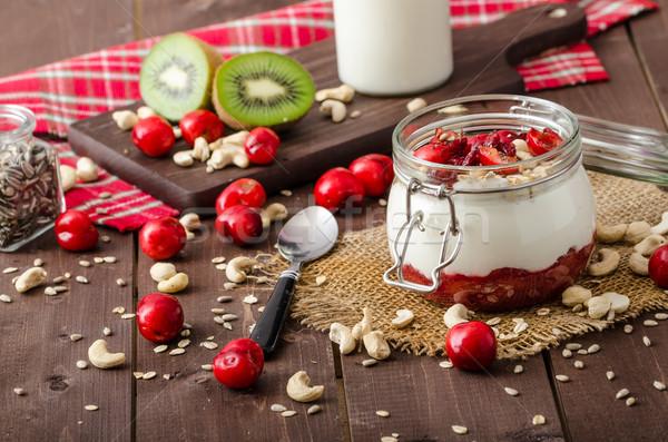 Iç kiraz yoğurt şaşkınlık tohumları meyve Stok fotoğraf © Peteer