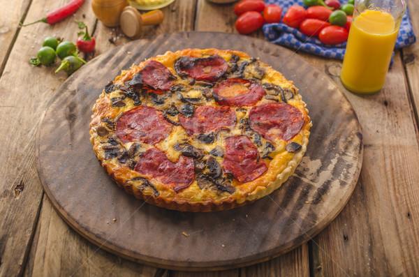 Foto stock: Delicioso · chorizo · nueces · fuerte · queso · simple