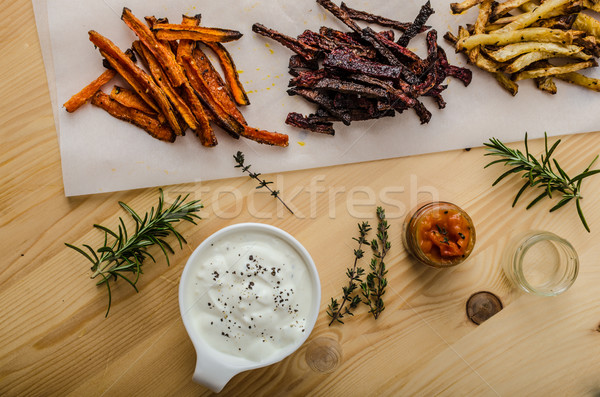 Saine légumes puces frites françaises céleri carottes Photo stock © Peteer