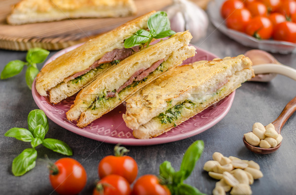 Pesto fromages sandwich rapide repas pain Photo stock © Peteer