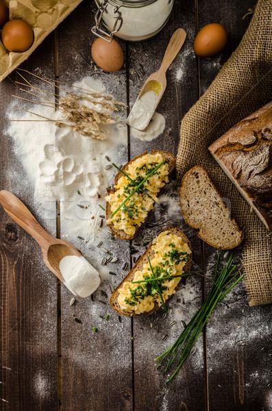 Roereieren kruiden brood eigengemaakt voedsel Stockfoto © Peteer
