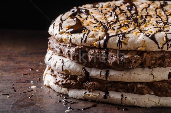 Chocolate torta delicioso huevo nueces alimentos Foto stock © Peteer