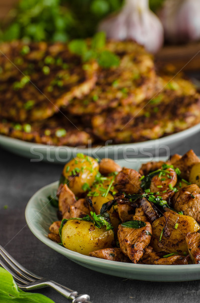 Batata panquecas frango assado batatas tabela prato Foto stock © Peteer