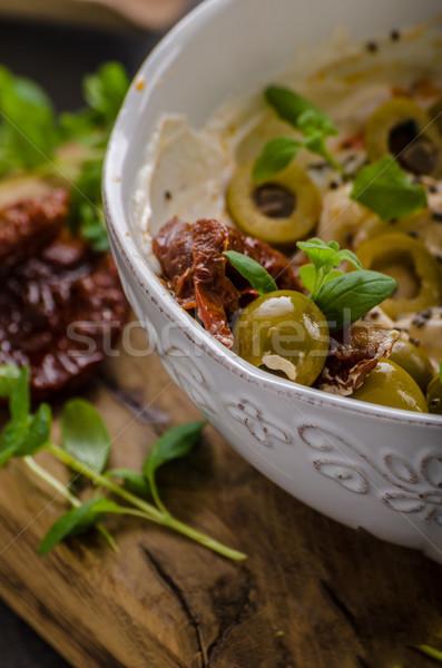 Friss sajt olajbogyók aszalt paradicsomok étel Stock fotó © Peteer