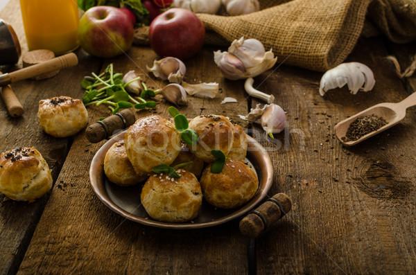 チーズ ミニ 国内の ホーム ケシ ストックフォト © Peteer