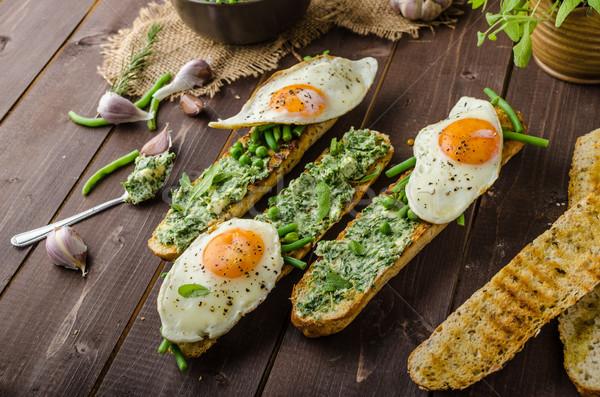 Francia kenyér gyógynövény vaj egészséges rusztikus zöldségek Stock fotó © Peteer
