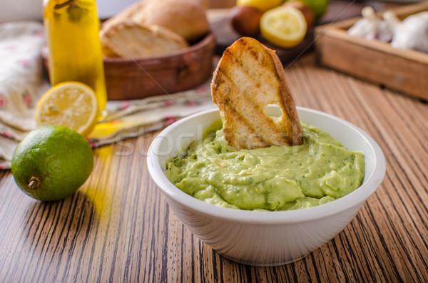 Foto stock: Abacate · manjericão · pesto · brinde · fresco · alho