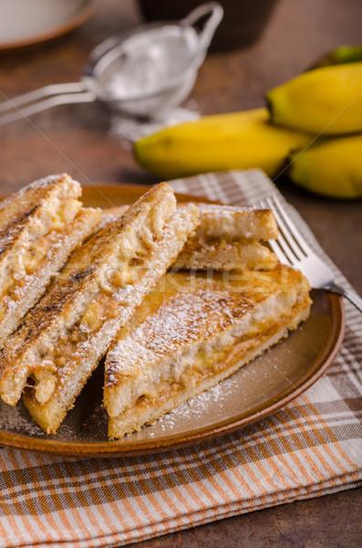 Pindakaas banaan sandwich groot maaltijd ontbijt Stockfoto © Peteer