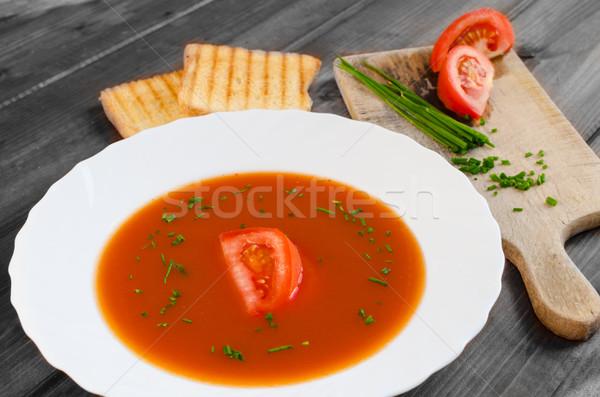 Sopa de tomate brinde madeira prato comida folha Foto stock © Peteer