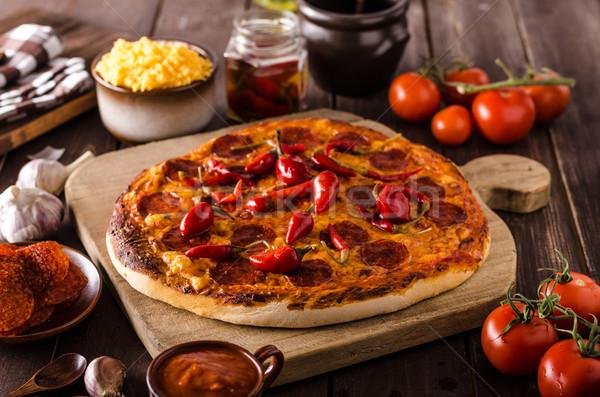 ピザ サラミ 唐辛子 オリジナル イタリア語 薄い ストックフォト © Peteer