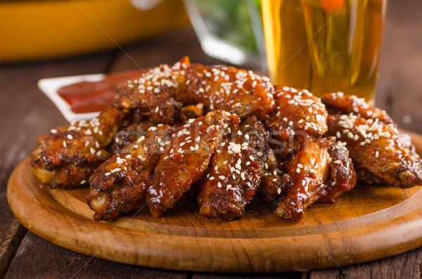 ızgara tavuk kanatlar sıcak sos gıda fotoğrafçılık hazır Stok fotoğraf © Peteer