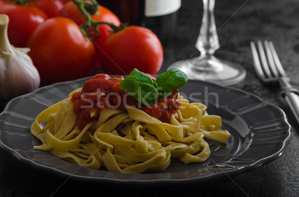 パスタ 辛い トマト サルサ ニンニク バジル ストックフォト © Peteer
