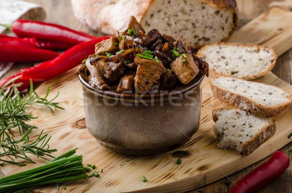 Teriyaki tyúk kenyér házi készítésű chili gyógynövények Stock fotó © Peteer