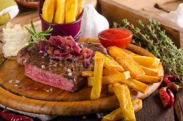 Maison frites françaises bière sauce alimentaire Photo stock © Peteer