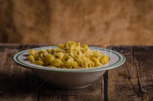 Foto stock: Delicioso · caseiro · tortellini · original · italiano · farinha