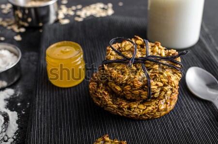 Banán sütik pelyhek méz tej hozzávalók Stock fotó © Peteer