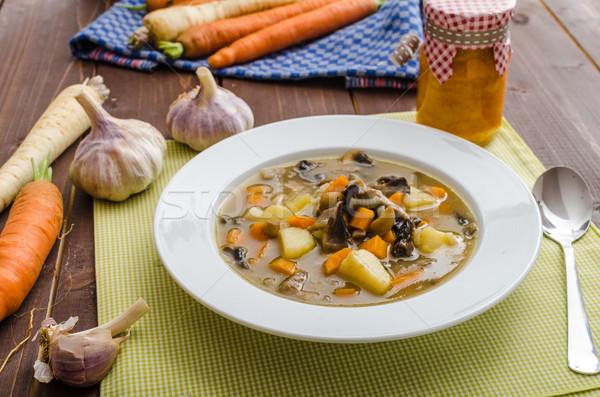 Eerlijk eigengemaakt aardappelsoep gezonde kruiden weinig Stockfoto © Peteer