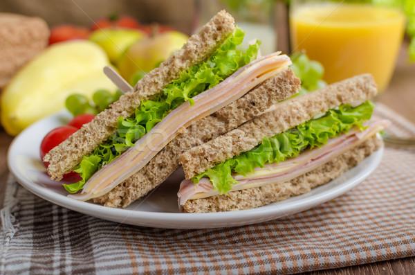 Vissza az iskolába szendvics egyszerű egész gabona kenyér Stock fotó © Peteer