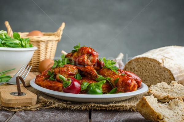 Sıcak tavuk kanatlar iç ekmek çavdar Stok fotoğraf © Peteer